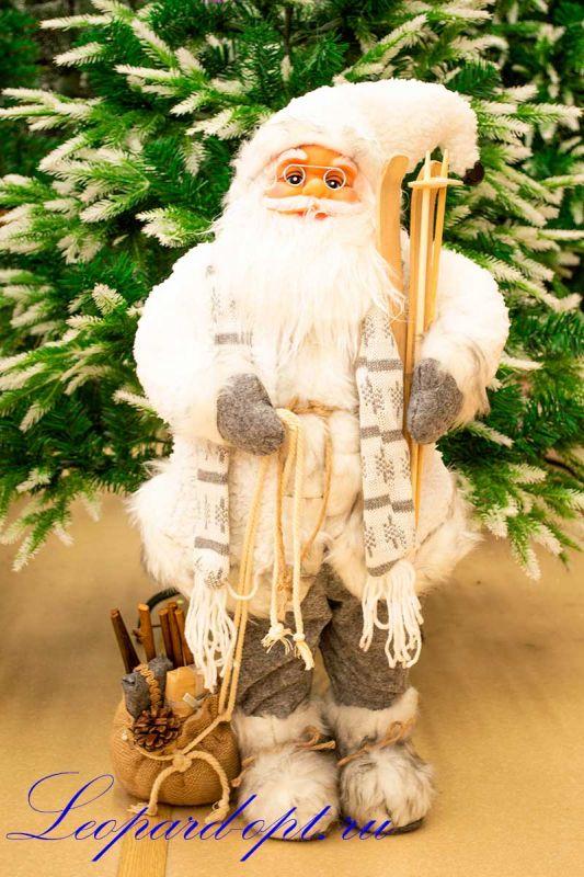 Декоративная фигура «Санта Клаус в шарфе с лыжами»
